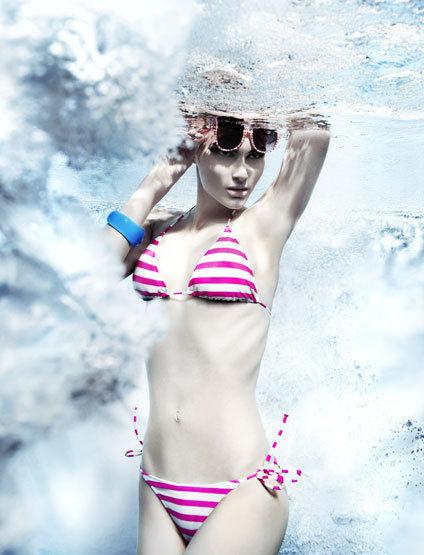 SUSANNE STEMMER - underwater advertorial for MY SHOPPING