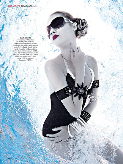 UNDERWATER FASHION EDITORIAL for WOMAN