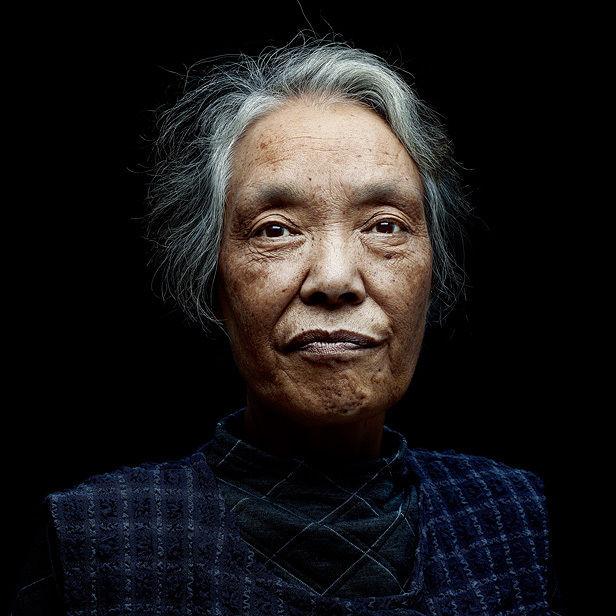 CHRISTA KLUBERT PHOTOGRAPHERS : Denis ROUVRE