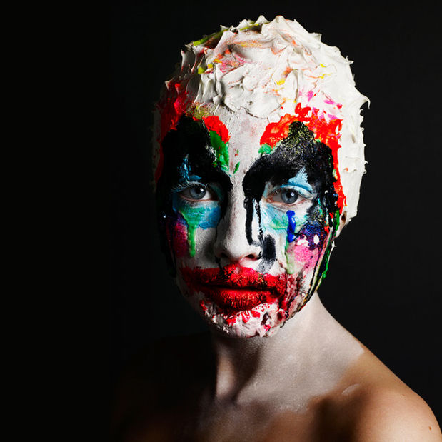 Alex Box : The Make Up Artist