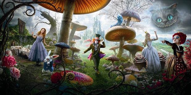 Tim Burton : ALICE IN WONDERLAND